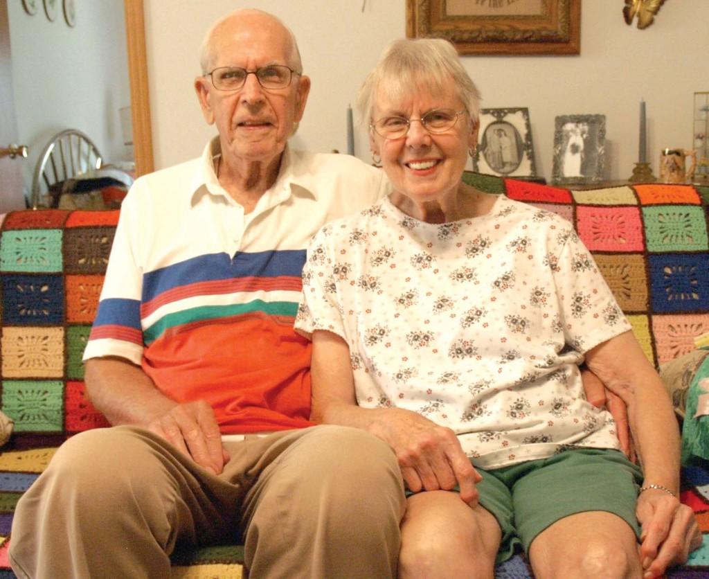 Loren and Barb Splettstoeszer